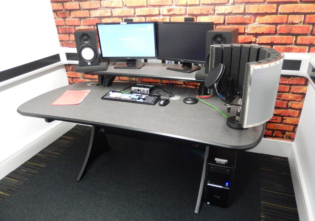 uni-of-leeds-edit-desk-mw-video with equipment